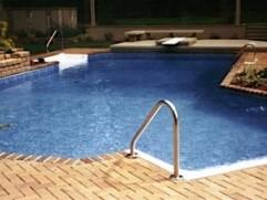 inground pool 32